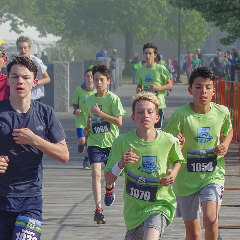 Kids running in the mini marathon